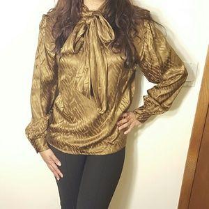 Breckenridge  Tops - Vintage Style Silk Patterned Blouse