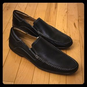 Hush Puppies Other - NEW Hush Puppies Leather Loafers Size 9