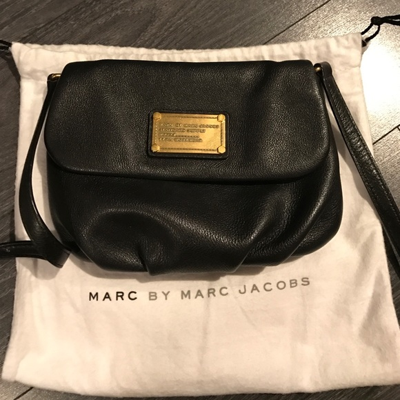 5aafb19962 Marc jacobs classic Q Percy flap crossbody bag. M_58993f4d4225bea87102df76