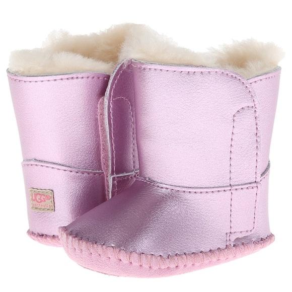caa2717c873 🎊🎉HP🎊🎉RARE Metallic glamour pink baby UGGS W