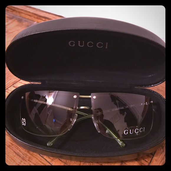5ba6ce4cd34 Gucci Accessories - 💯 Authentic Gucci Sunglasses with Crystal GG Logo