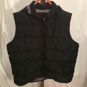 """Covington Other - NWOT """"Covington"""" black puffy vest"""