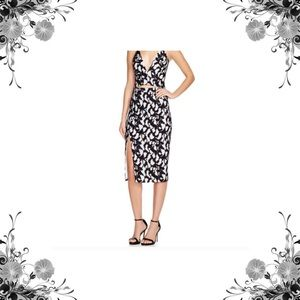 Bardot Dresses & Skirts - M-L Bardot Lace Slit Pencil Skirt