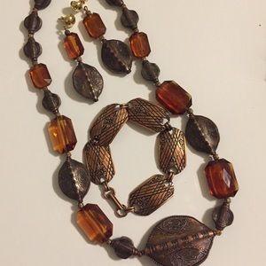 Jewelry - Bundle of Jewlery. Necklace, Earring, and Bracelet