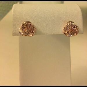 Gold knot post earrings