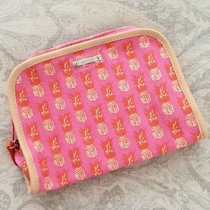 Stella & Dot Handbags - NWT Stella & Dot Pink Pineapple Print Makeup Bag