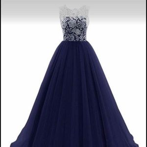 Dresses & Skirts - 🔥Beautiful ball gown or prom dress