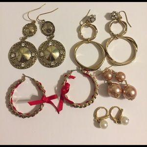 Jewelry - Bundle Lot of earrings