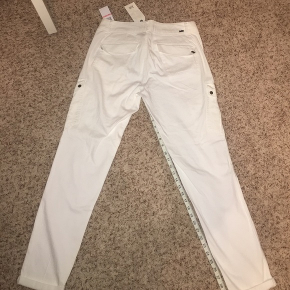 NWT- Jolt brand white cuffed pants