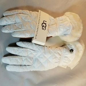 UGG Accessories - UGG Quilted Tech Gloves with Shearling Cuffs