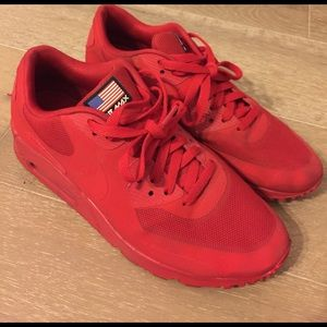 Nike Shoes - NIKE AIR MAX RED INDEPENDENCE DAY SZ 8 MENS