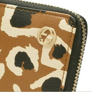 Gucci Other - NEW Authentic Gucci Leopard leather wallet