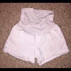 擄 Liz Lange Target Maternity Jean Shorts (XS)
