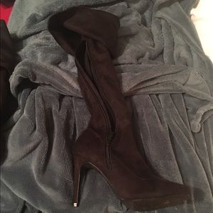Shoes - Black knee high boots ****ONLY WORN ONCE***