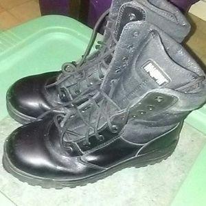 Magnum Shoes - WOMEN'S COMBAT BOOTS