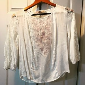 NWT Absolutely stunning white/pink lace top
