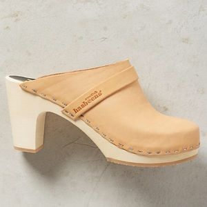 Swedish Hasbeens Shoes - Swedish Hasbeens classic slip-in clog