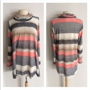 Sweaters - ☀️2 LEFT! (Plus) Striped mock turtleneck