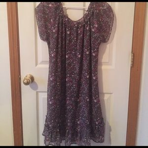 Romy Dresses & Skirts - beautiful floral ROMY dress size XL