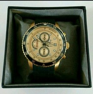 Invicta Other - NWT Invicta chronograph men's watch