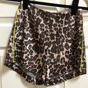 Naven Pants - cheetah silk printed shorts w. neon piping