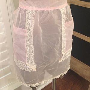 Chiffon pink vintage apron with ecru nylon lace
