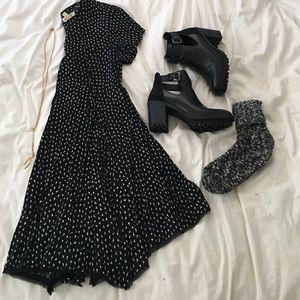 Flowy bottom shift dress