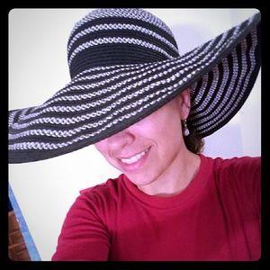 Beautiful full brim sun hat
