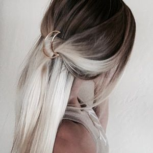 Brandy Melville Accessories - Gold color moon hair clip 7 LEFT