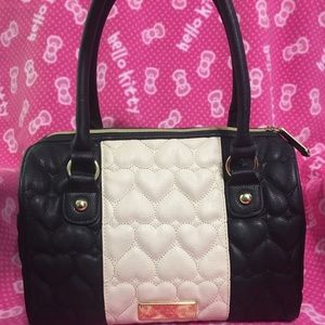Betsey Johnson cream and black quilted heart purse