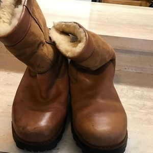 UGG Shoes - Classic color UGG boots ...