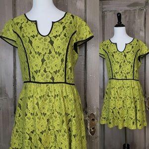 Kenzie Yellow/Black Lace Dress