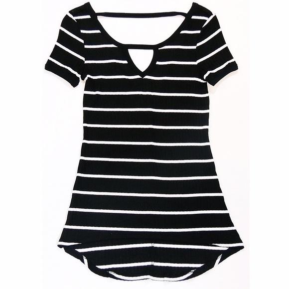 Tops - NWOT Striped Slinky V-Back Tee