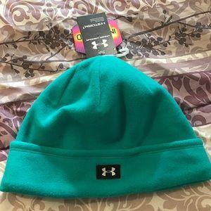 Under Armour cold gear beanie hat