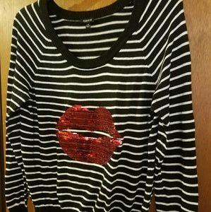 Torrid black and white striped sweater w/ lips