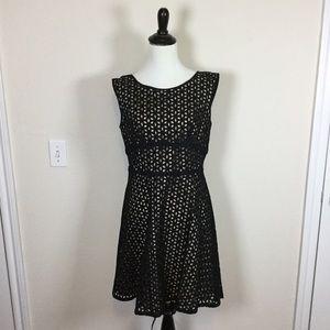 LOFT Dresses & Skirts - LOFT Eyelet Dress size 6 petite