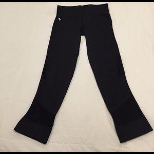 Nux  Pants - Have too many black capris!
