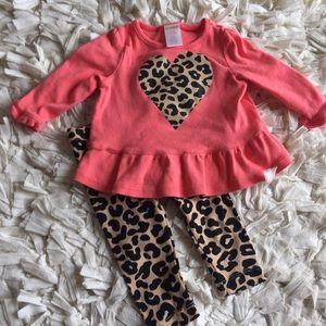 Gymboree Other - Gymboree leopard outfit