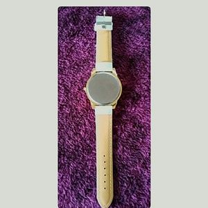 Geneva Accessories - Women's White Geneva Bling Fashion Wristwatch