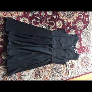 Forever 21 black dress ruffle L classy