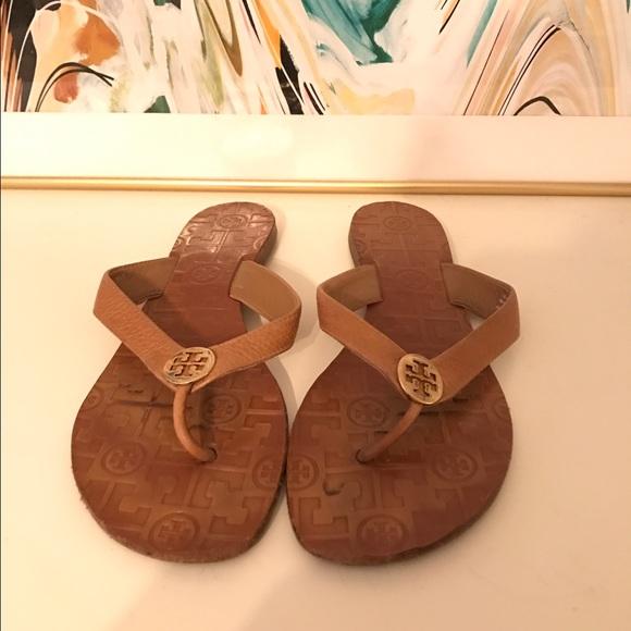 641a5fceb9930 ... closeout tory burch thora sandals tan gold size 8 33a5f dc590