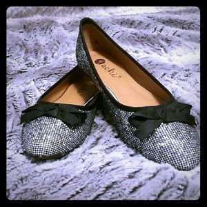 New ModCloth by Machi glitter flats with black bow