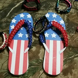 Shoes - Patriotic Paracord Flip flops