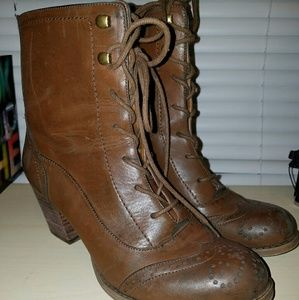 Nine West American Vintage heeled lace-up boots