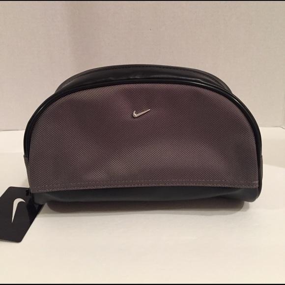 7bba8ffb0f Brand new men s Nike Golf travel bag