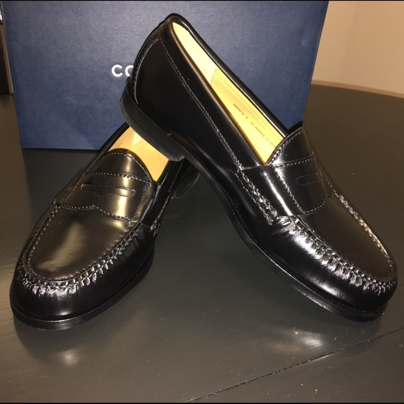 f92405b38f1 Cole Haan size 7M men s classic Pinch Penny Loafer