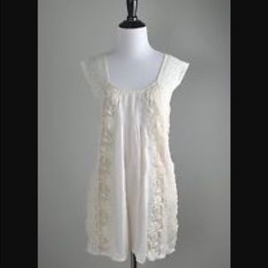 Anthropologie lil Little darling lace tunic