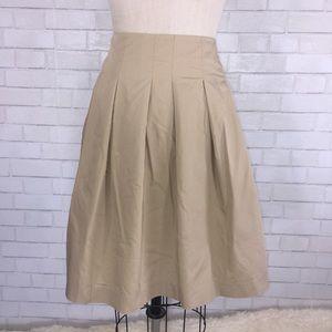 Banana Republic Dresses & Skirts - 💕 Banana Republic pleated skirt
