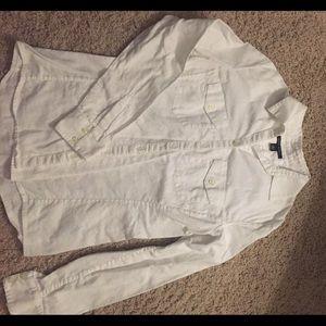 White Banana Republic cotton button blouse