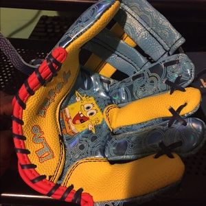 Franklin & Marshall Other - Spongebob Baseball Mitten